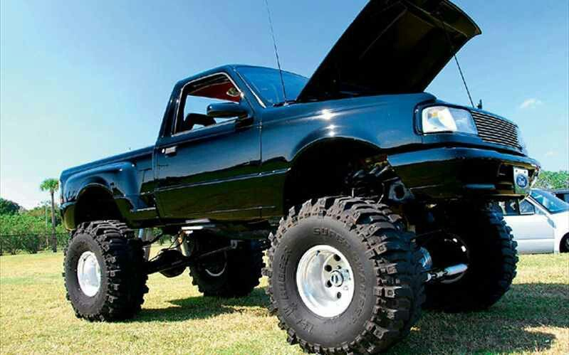 Ford Ranger Sitting On 39 Boggers Ford Trucks Ford Ranger Mud