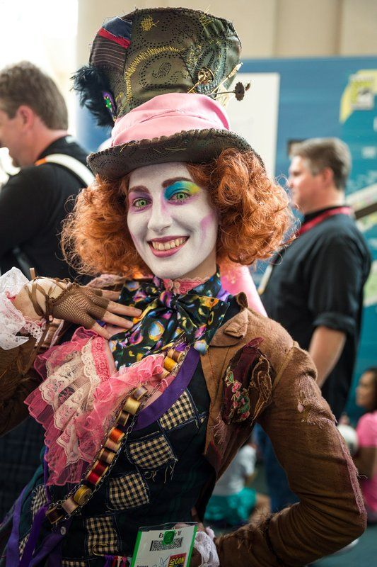 Mad hatter cosplay sdcc san diego comic con 2014 cosplay costume diy pinterest - Maquillage chapelier fou ...