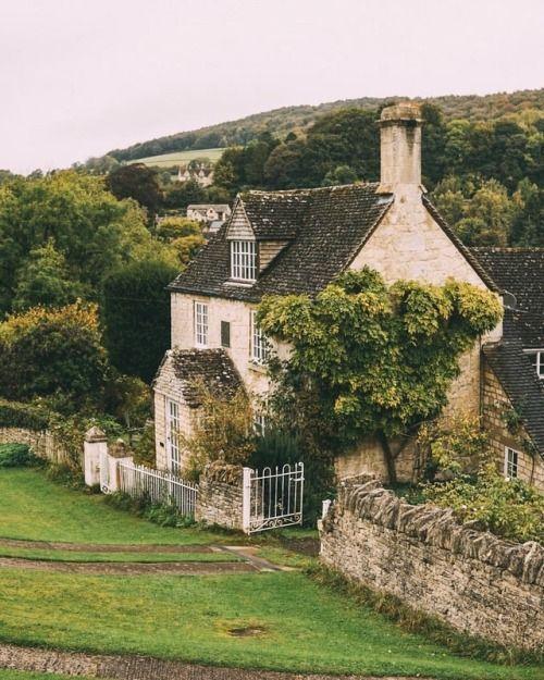 English Cottage Dreams