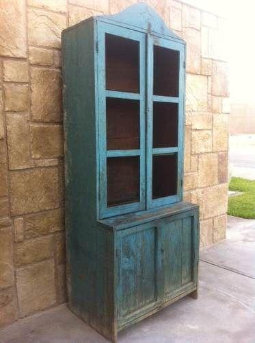 Vitrina antigua trastero antiguo mueble antiguo for Muebles antiguos de cocina de madera