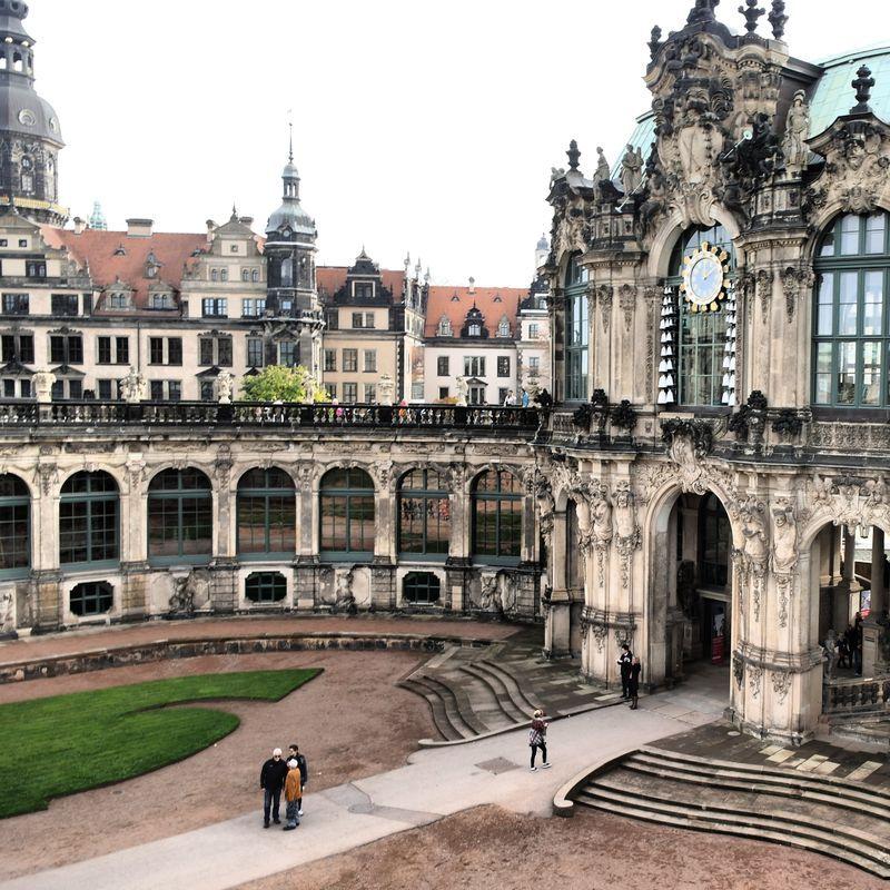 Dresden Der Zwinger Dresden Schone Orte Reisen Deutschland