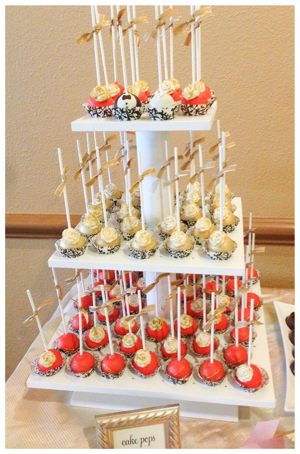 cake push pops stand