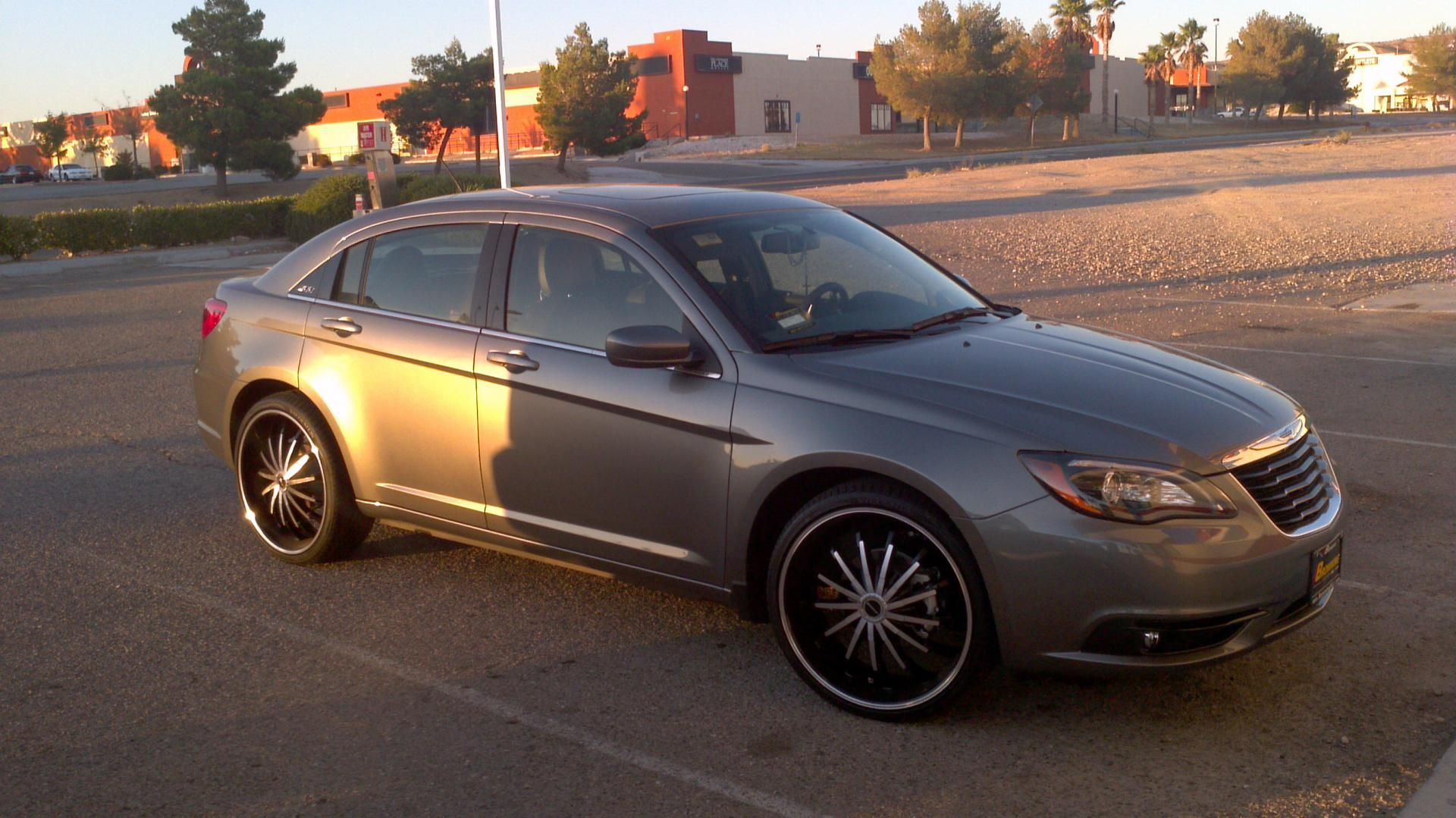 Chrysler 200 With Rims Find The Classic Rims Of Your Dreams Www