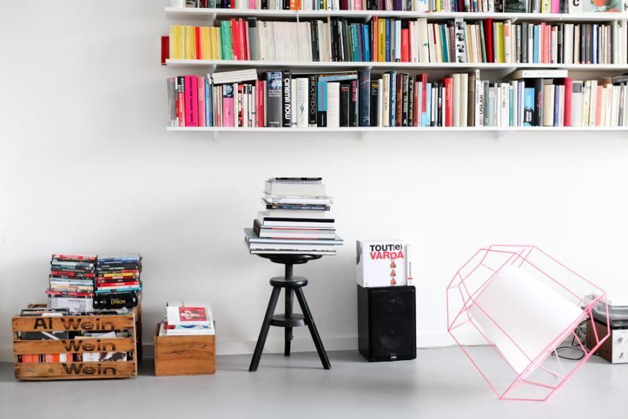 Inspirierender Arbeitsplatz fürs Homeoffice - Bücher, Farbe ...
