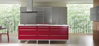 Diseno De Cocinas Linea3cocinas Madrid Muebles De Cocina Con Patas Metalicas Cocina Roja Diseno De Cocina Decoracion De Cocina