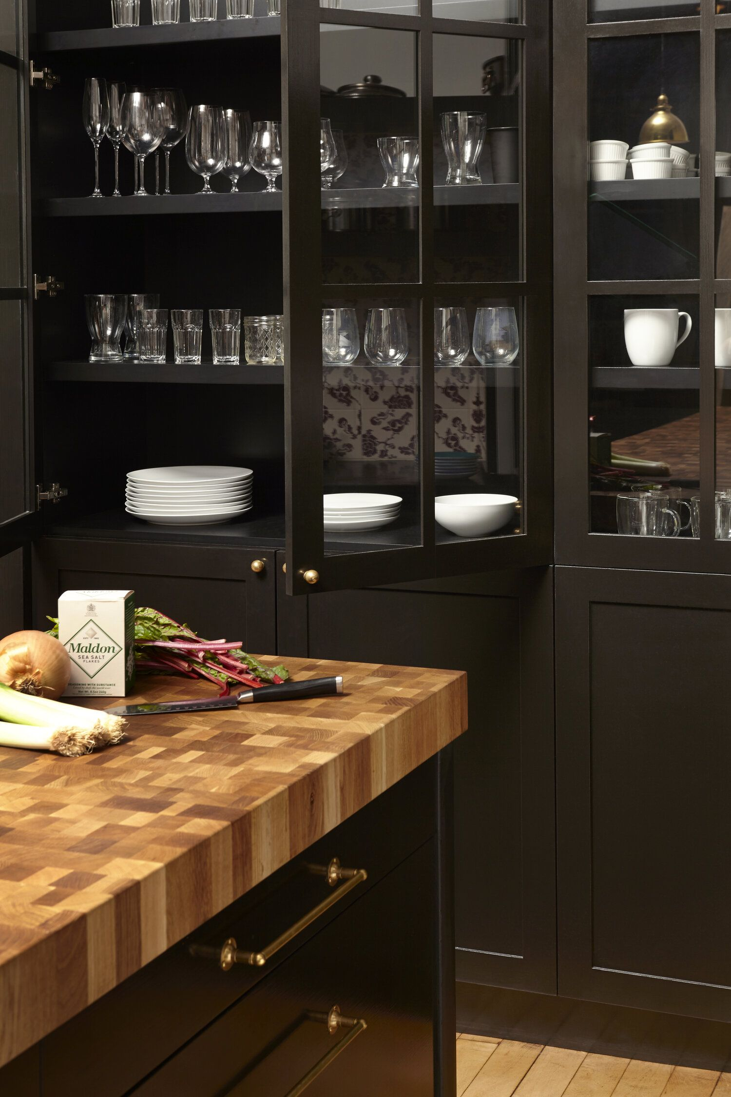 Tribeca Loft Studio Db In 2020 Glass Kitchen Cabinet Doors Black Kitchens Black Kitchen Cabinets
