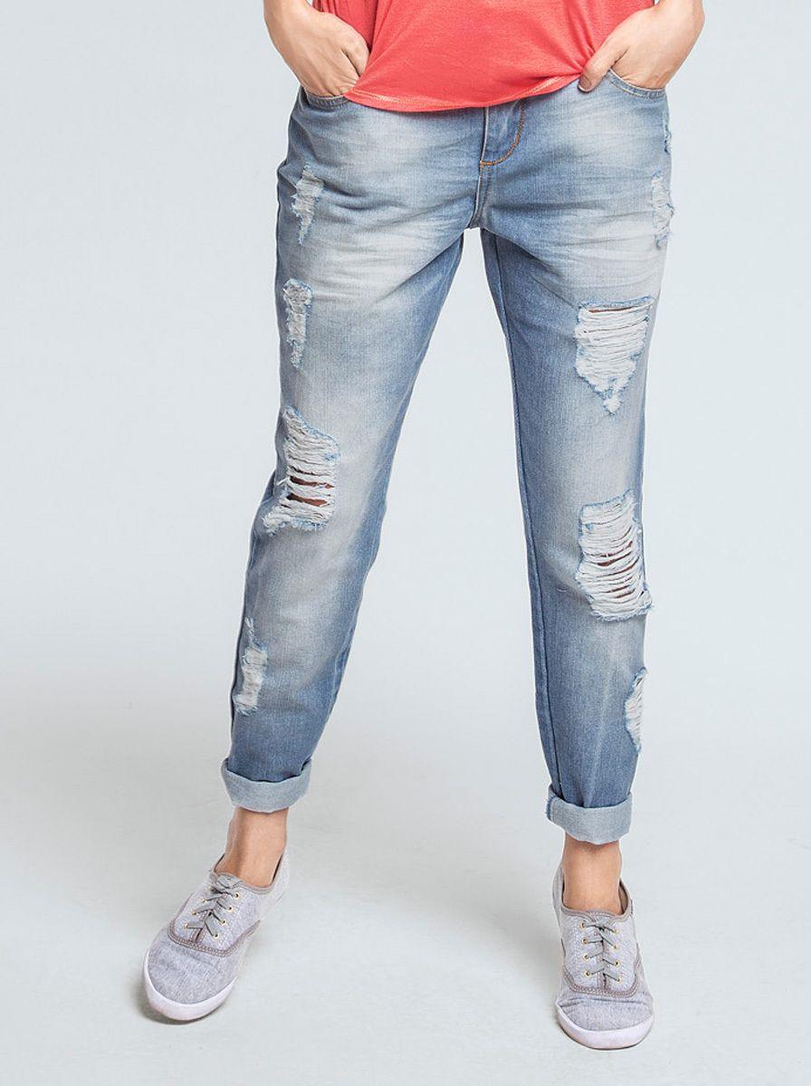 72d6732e3 Calça Jeans Feminina Com Desgastes Na Modelagem Boyfriend | Calças |  Feminino | Hering