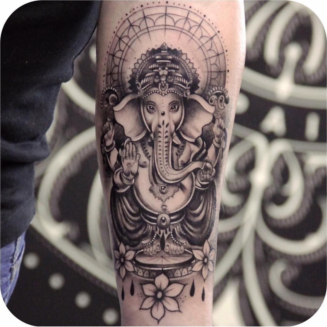 Photo of tattoodo on Picoji • Posts, Videos & Stories #picoji #tattoos #tattoodesigns #…