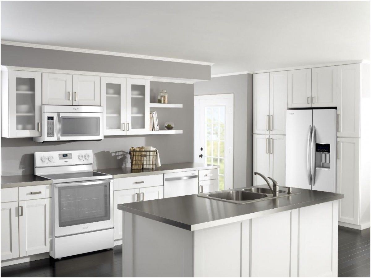 Lovely White Kitchen Stainless Steel Appliances Dapur Putih Dekorasi Dapur Kabinet Dapur