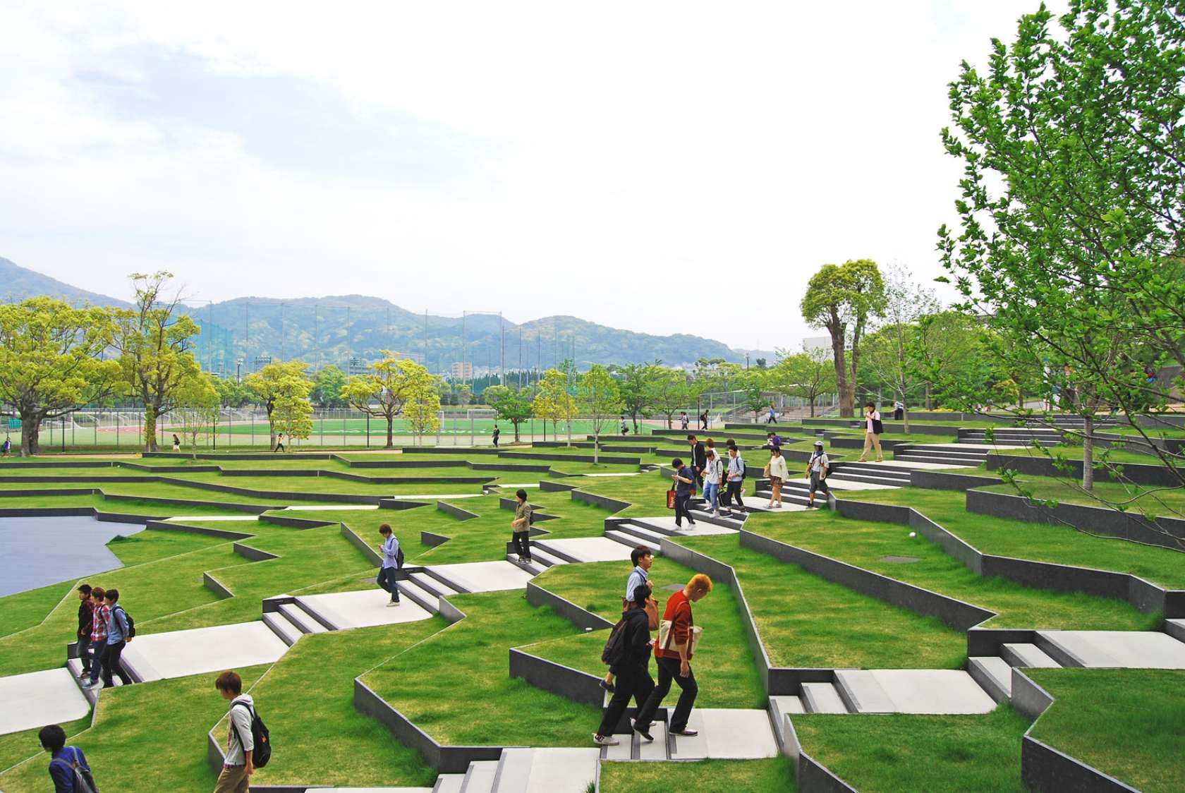 Kyushu sangyo university ksu is located in fukuoka for Garden design university
