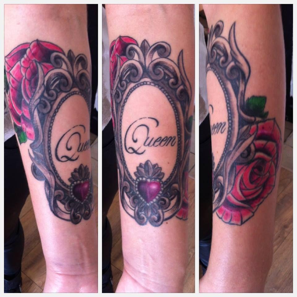cadre baroque arm girl color flowers rose queen neo traditional tattoo tatouage sebastien mas. Black Bedroom Furniture Sets. Home Design Ideas