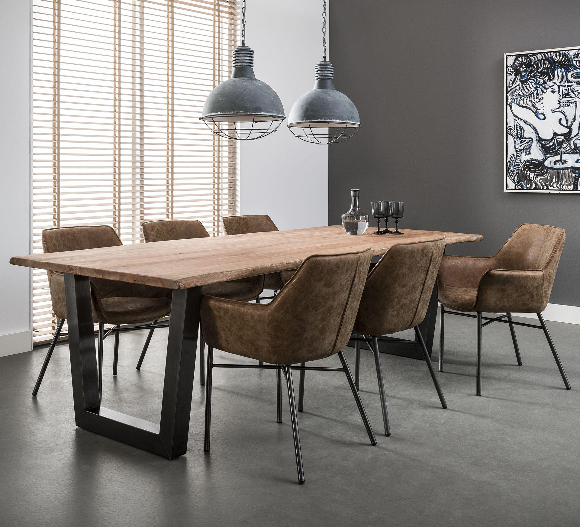 Table de salle à manger rectangulaire en bois et métal