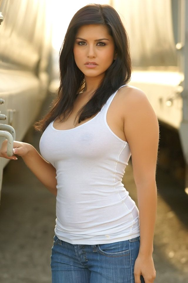 Amazing Sunny Leone Iphone Wallpaper Choose Your Iphone