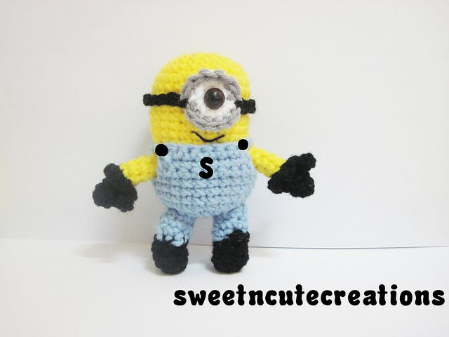how to crochet minions. :) | Crochet and knit | Pinterest | Conejo ...