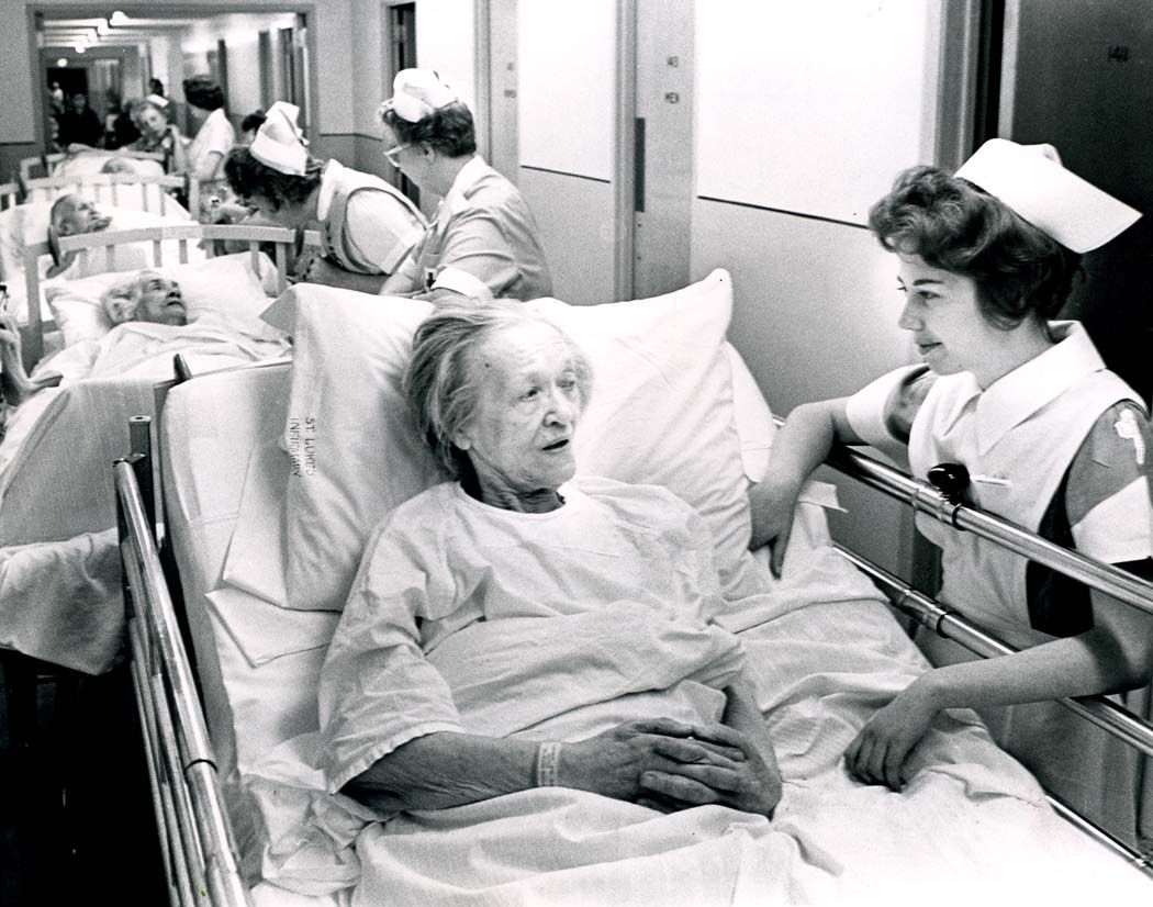 hospital4.jpg (1050×826) Tribune, Photo, School pictures