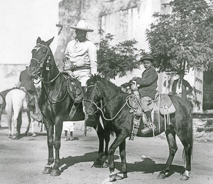 Pin De Lean Marie En Pancho Villa Revolucion De Mexico Revolucion Mexicana Heroes De Mexico