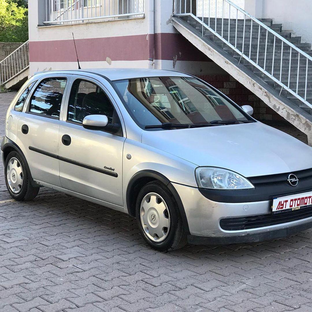 A Y T Otomotivden 2002 Model Opel Corsa 1 2 Comfort Otomatik Vites