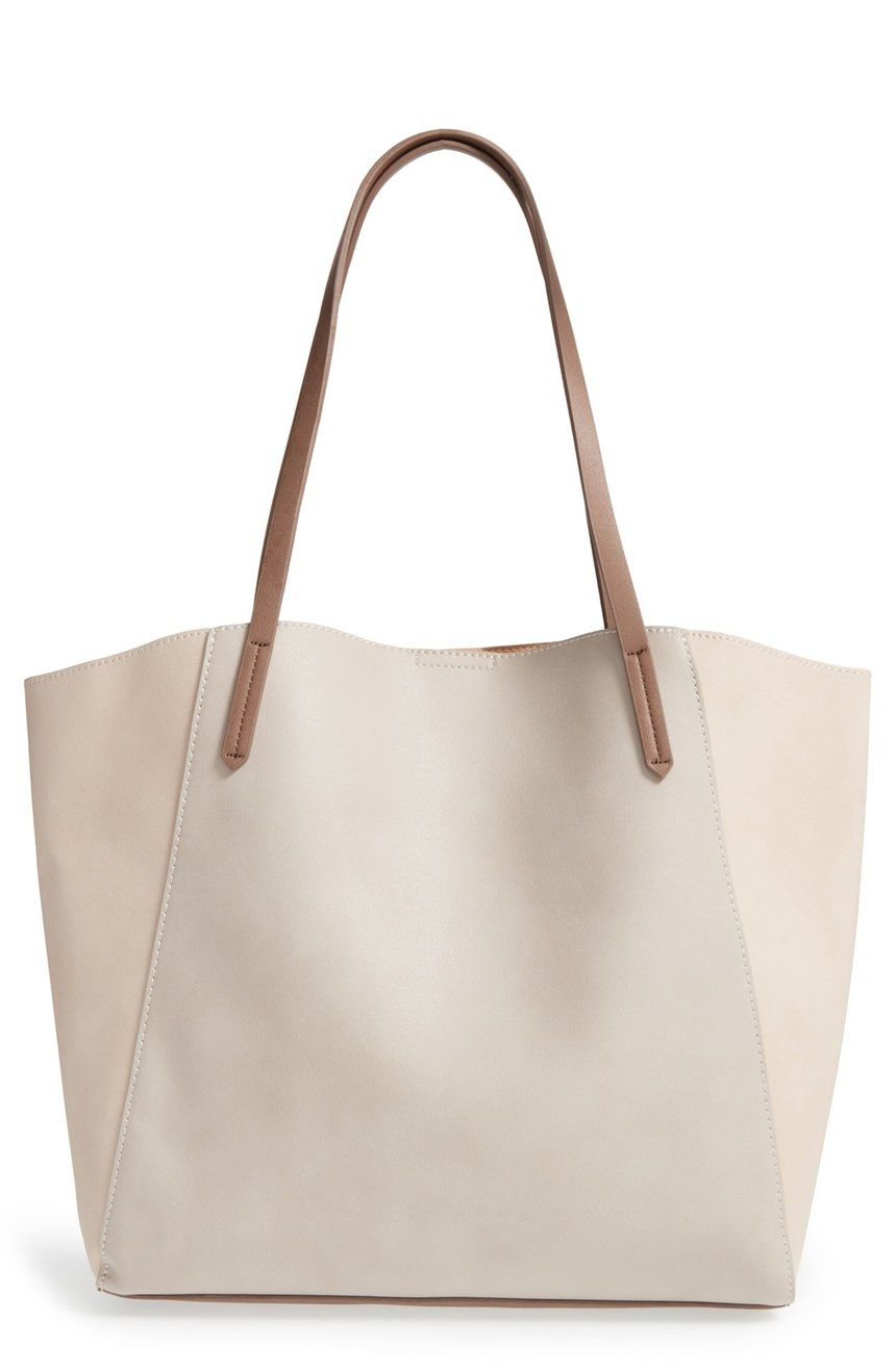 Absolutely adoring this essential tote in a neutral tone that is perfect  for everyday wear. a835393bcca61