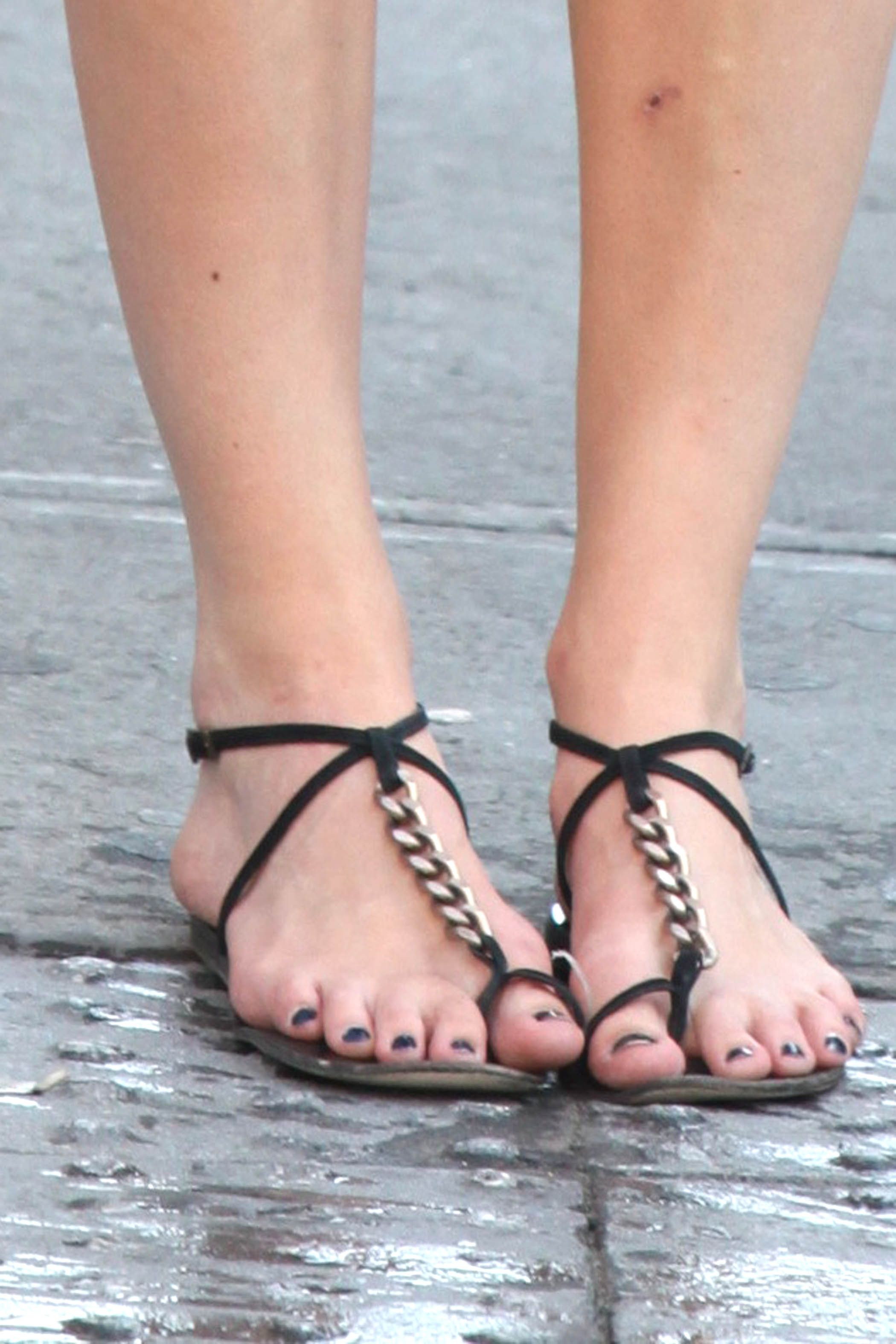 Keira knightley toes