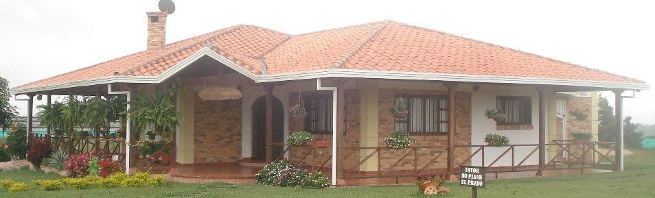 Pin de consuelo lava d az en casas pinterest planos for Fachadas de casas campestres de un piso