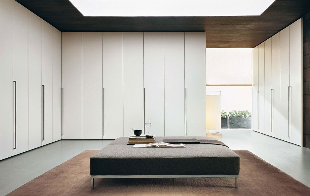 The Jesse Plana M05 wardrobe is made in Italy and like all