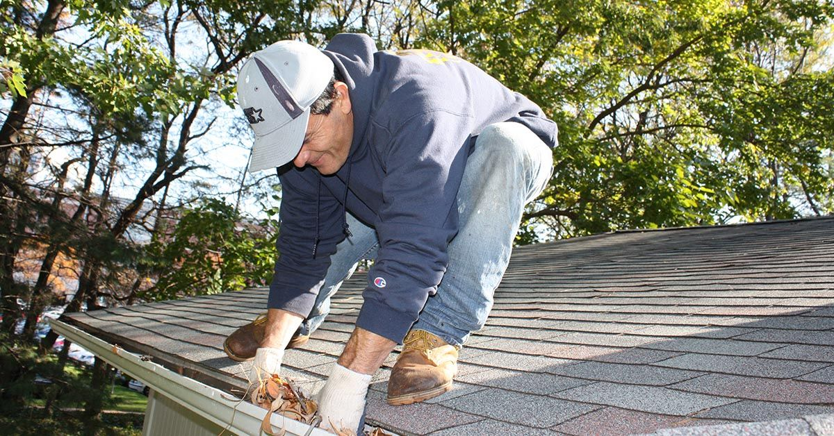 Gutter Cleaning Services And Gutter Repair Near Me Hickman Nebraska Lincoln Handyman Services Cleaning Gutters Gutter Repair Cleaning Service