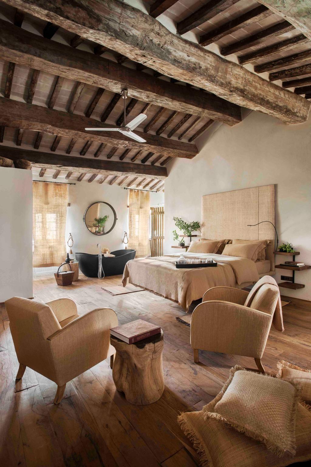 Italy Hotel Monteverdi Tuscany アンティークハウス インテリア