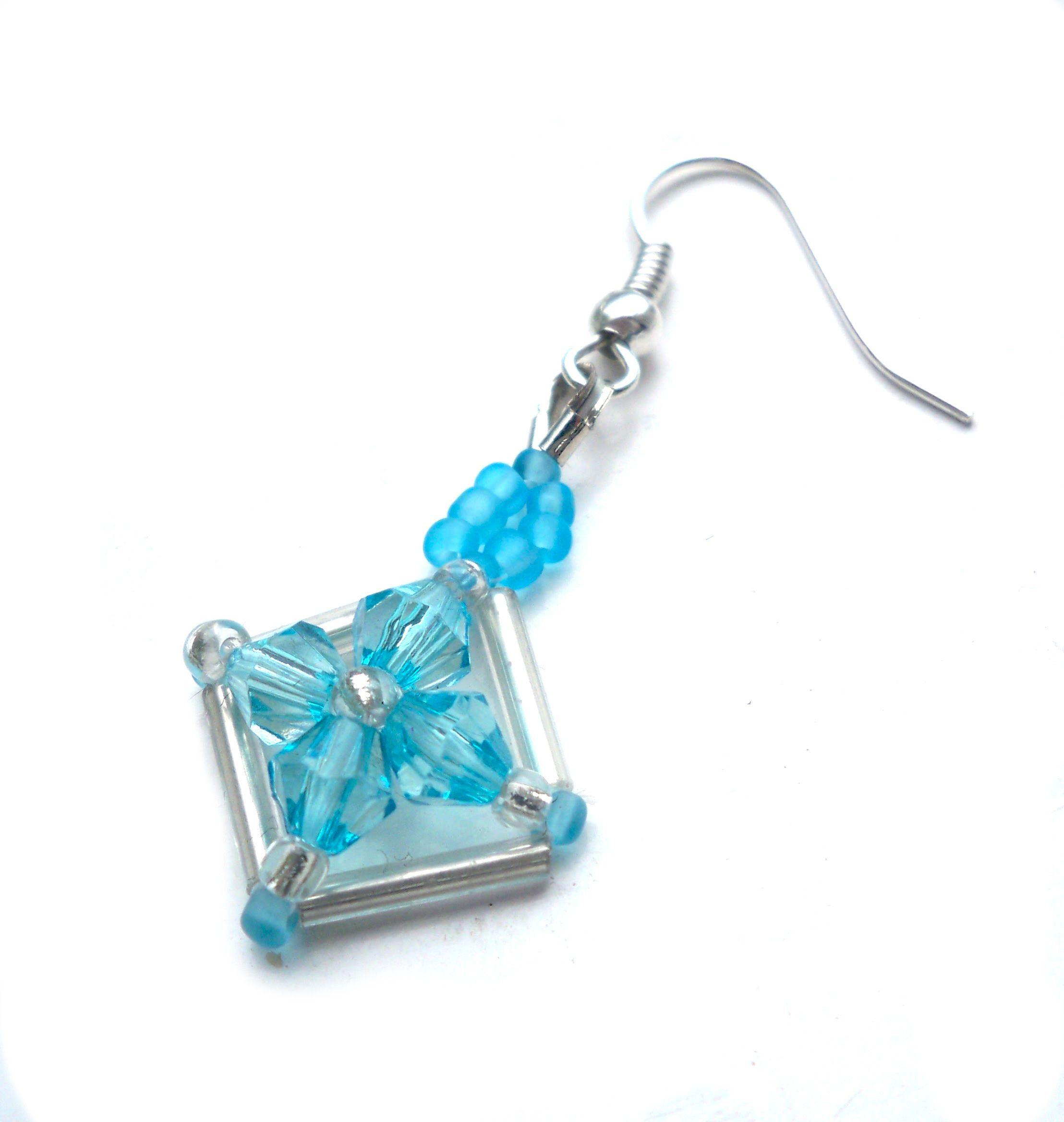 Stunning square flower crystal earrings