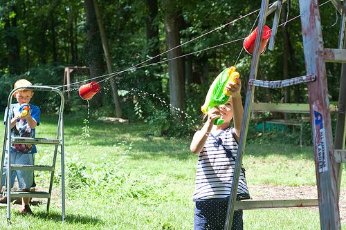 squirt gun games Jul 2014  This amazing toy changed squirt gun fights forever and made the once close  range backyard games into full on strategic battles.