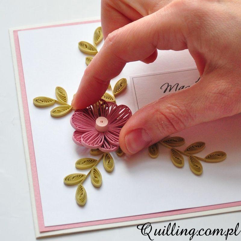 Dzis Mam Dla Was Niespodzianke Przygotowalam Krotki Film O Tym Jak Zrobic Urodzinowa Kartke Technika Quillingu I Huskingu Wybr Quilling Floral Floral Rings
