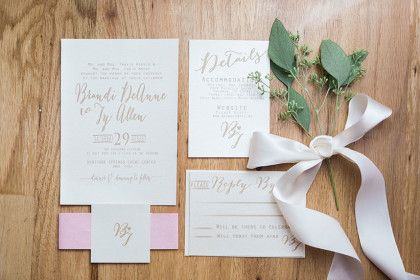How darling are these invitations? See more of this Organic Rustic Wedding on the Blog! #bridesofok #oklahomawedding #weddinginvitations | Photography: Tammy Odell | Brandi + Ty | Brides of Oklahoma
