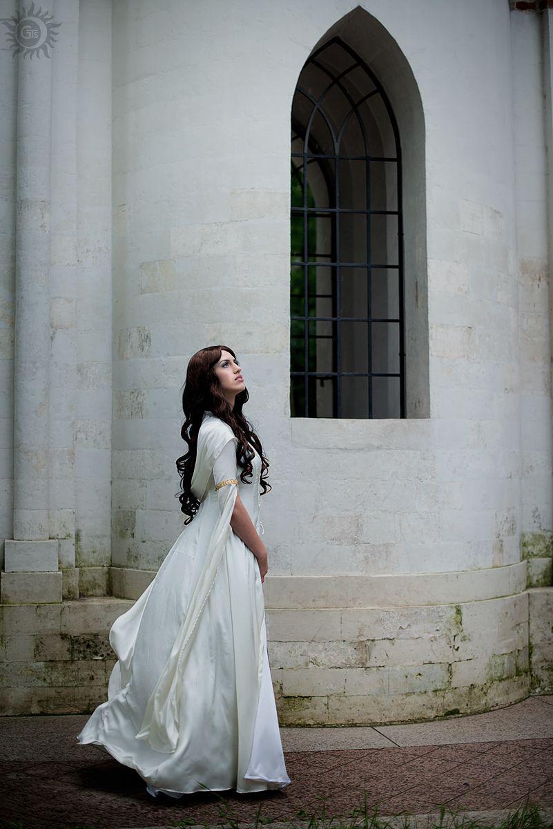 Kahlan Amnell cosplay by sahramorgan.deviantart.com on @deviantART