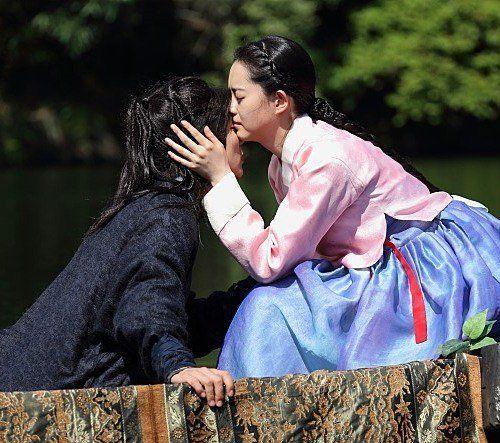 Go Ara And Yoo Seung Ho S Kiss Scene The Magicians Yoo Seung Ho