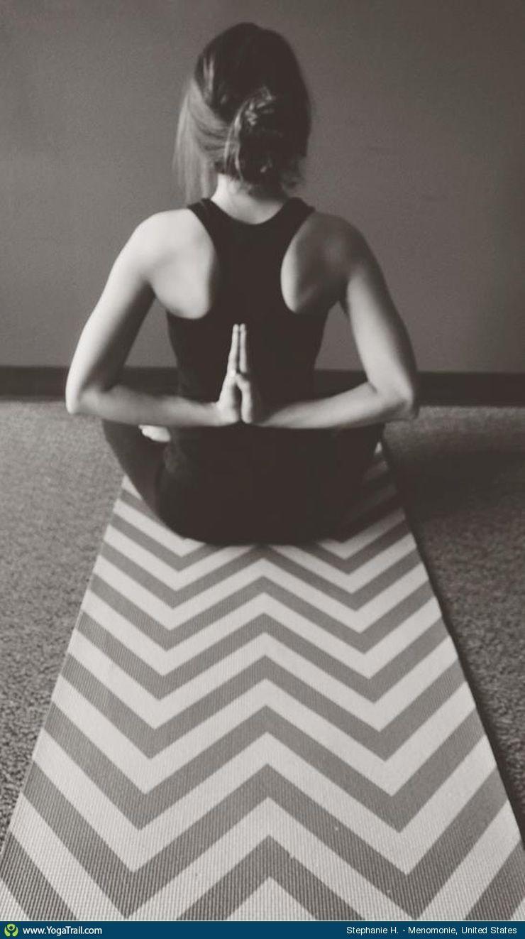 Yoga Pose Uploaded By Stephanie Hintz Yoga Girl Yoga Poses Yoga Photos