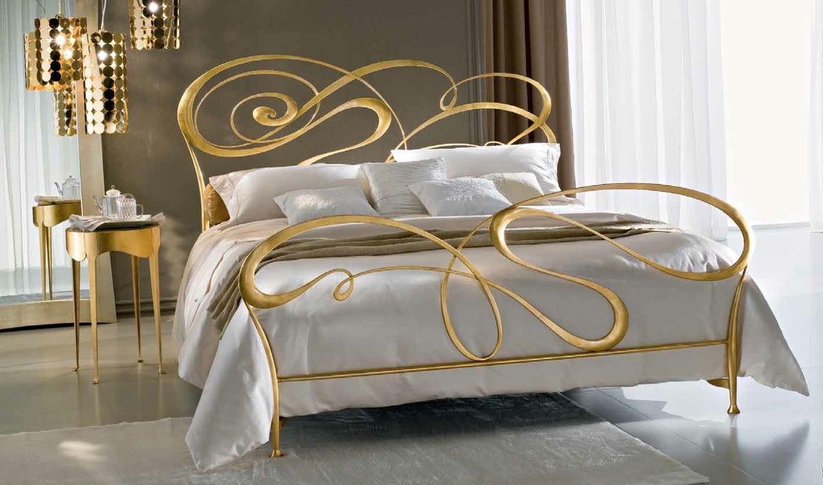 Ciacci Fly metal Bed Italian Gold leaf amazingbed | Robinsons Beds ...