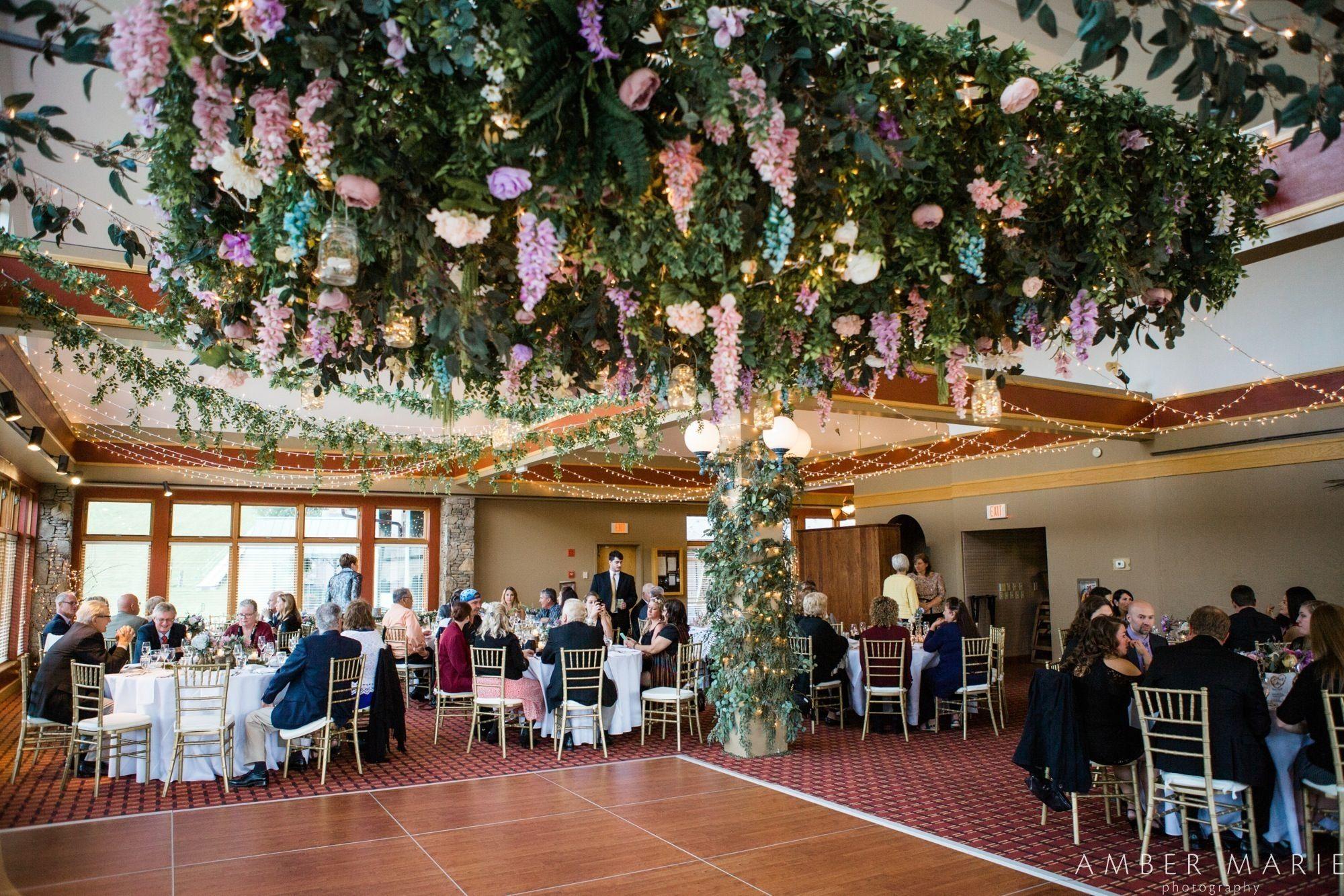 Https Ambermariephoto Com Hiddenvalleywedding Reception Clocktower Lindabrownsfloral Clock Tower Resort Dolores Park
