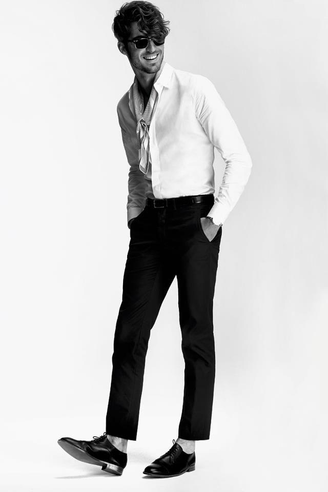 Antonio Navas by Gorka Postigo for S Moda #Fashion #Style #Men #Summer #Him
