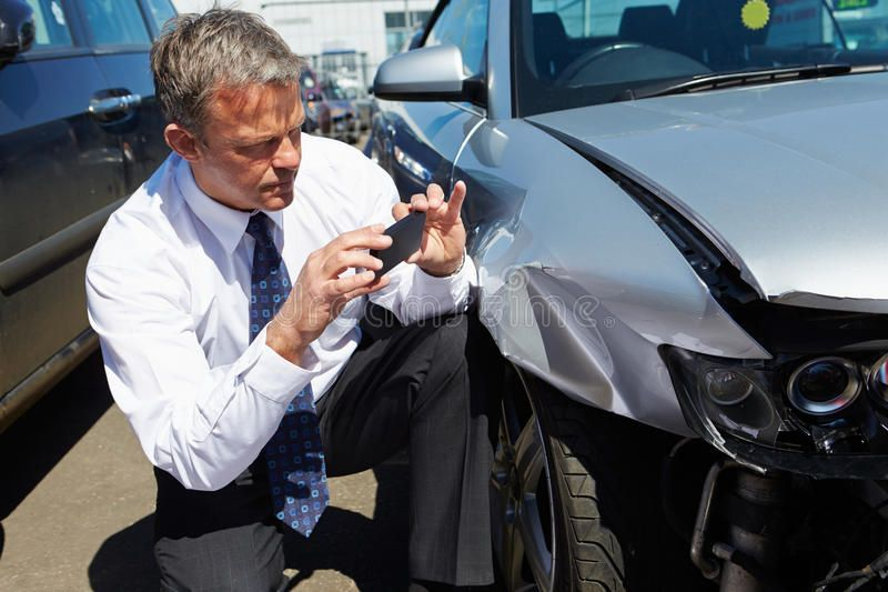 Most Recent Snap Shots Loss Adjuster Inspecting Car Involved In Accident Stock Photo Image Of Wreck Person 31863524 Tips In 2020 Car Accident Lawyer Car Insurance Car Insurance Claim