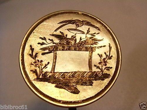 ANCIEN-BOUTON-EPINGLE-CHAPEAU-CRAVATE-FOULARD-PORTE-MONTRE-MEDAILLE