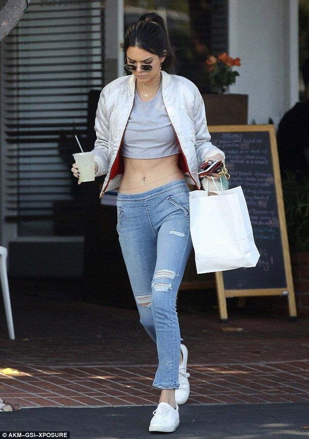 cfd58fbca Kendall Jenner flaunts her tiny waist on West Hollywood outing ...
