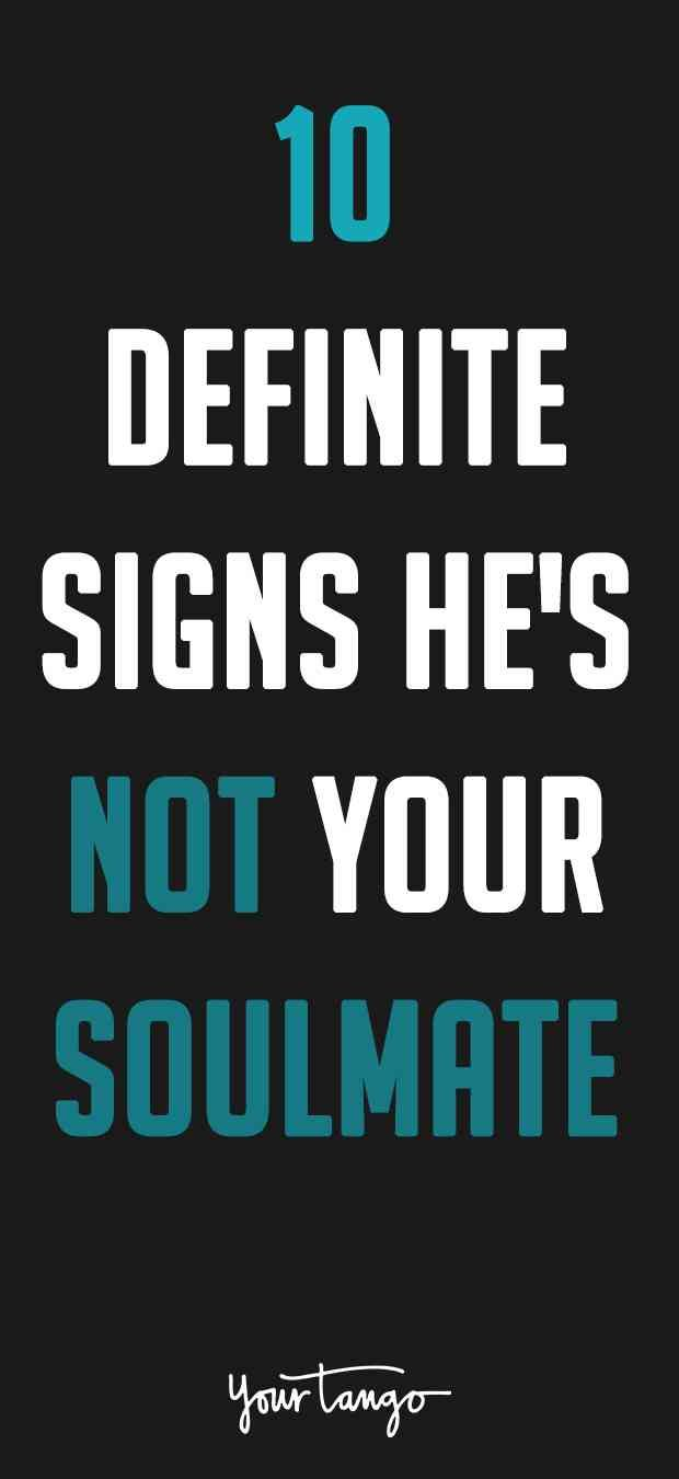 Signs of narcissism in dating