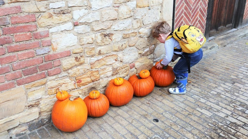 Hever Castle Luxury Bed And Breakfast For Halloween