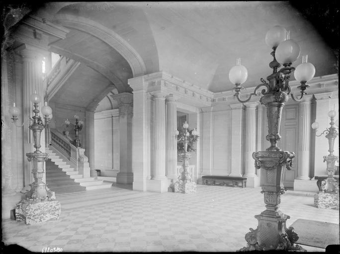 abandoned chateau de carnelle of paris abounded mansions castles palaces pinterest. Black Bedroom Furniture Sets. Home Design Ideas
