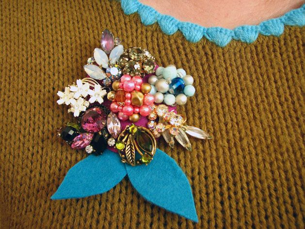 vintage jewelry brooch