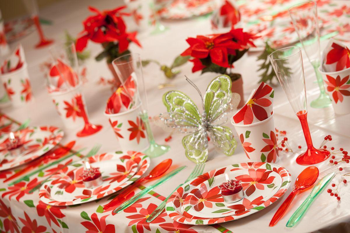 """Navidad de 2011 """"Decorando la mesa con Poinsettias!"""