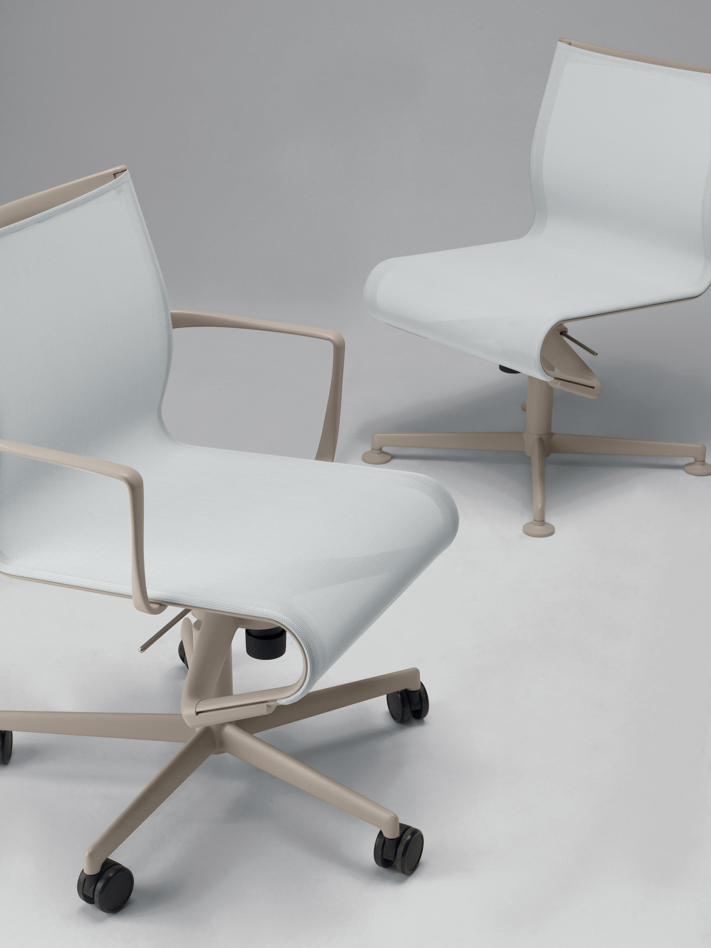 Dezeen Promotion Alberto Meda Improves The Frame Office Chairs He
