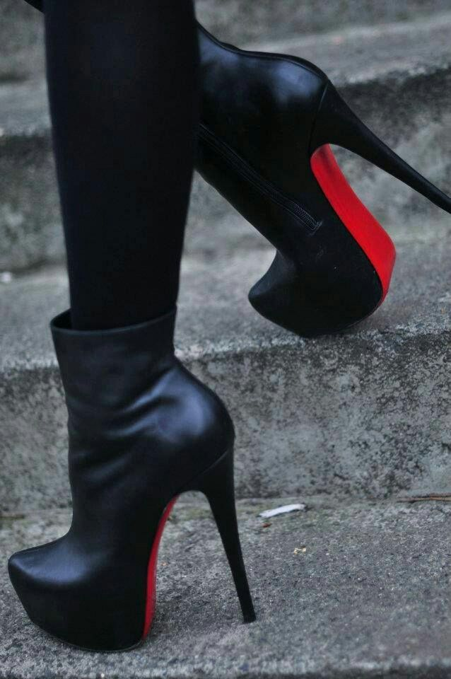 Black Shoes, Crne Cizmice, Rote Sohle, High Heels, Stikle