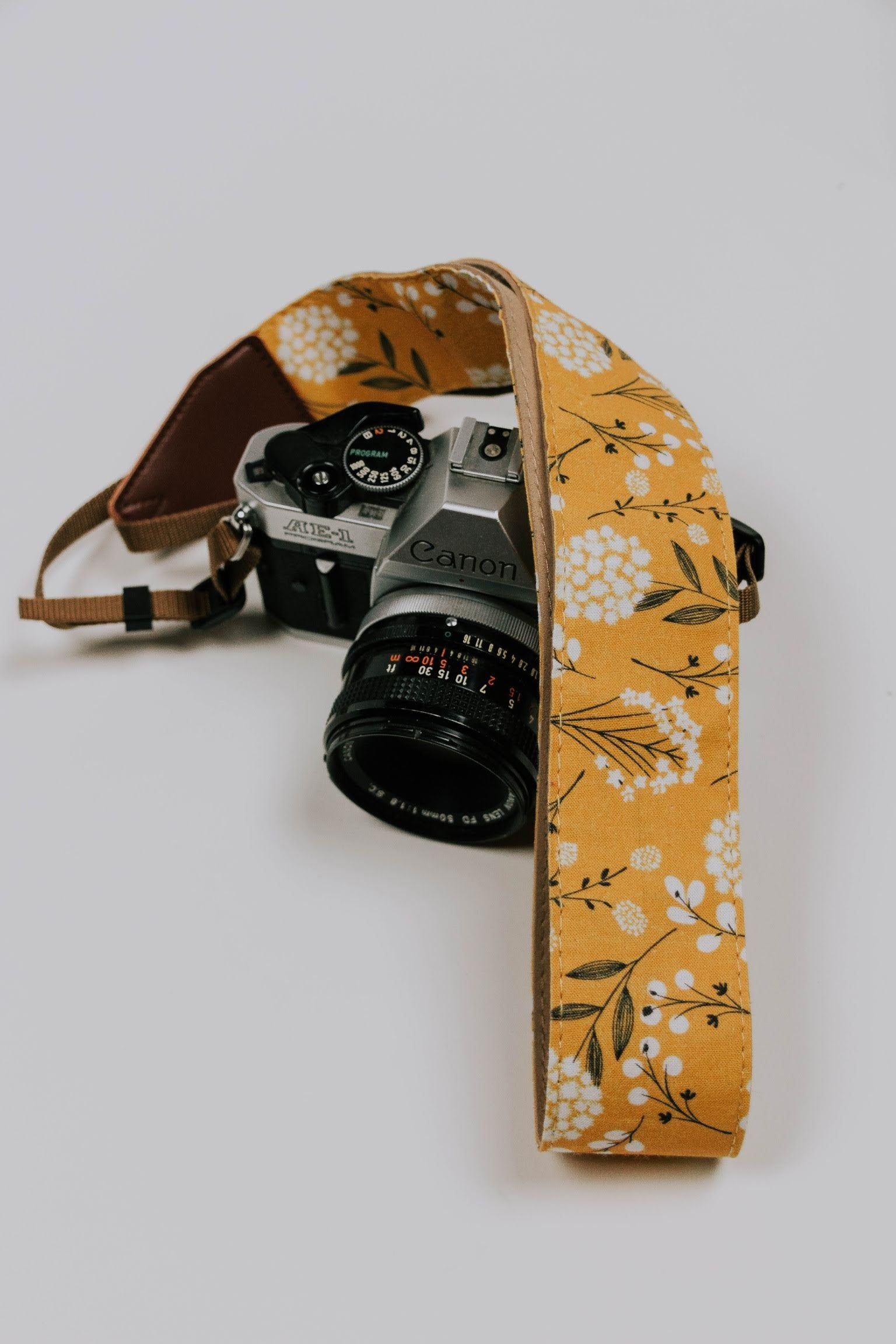 Camera Strap for Canon and Nikon - Spring blossom strap For DSLR cameras