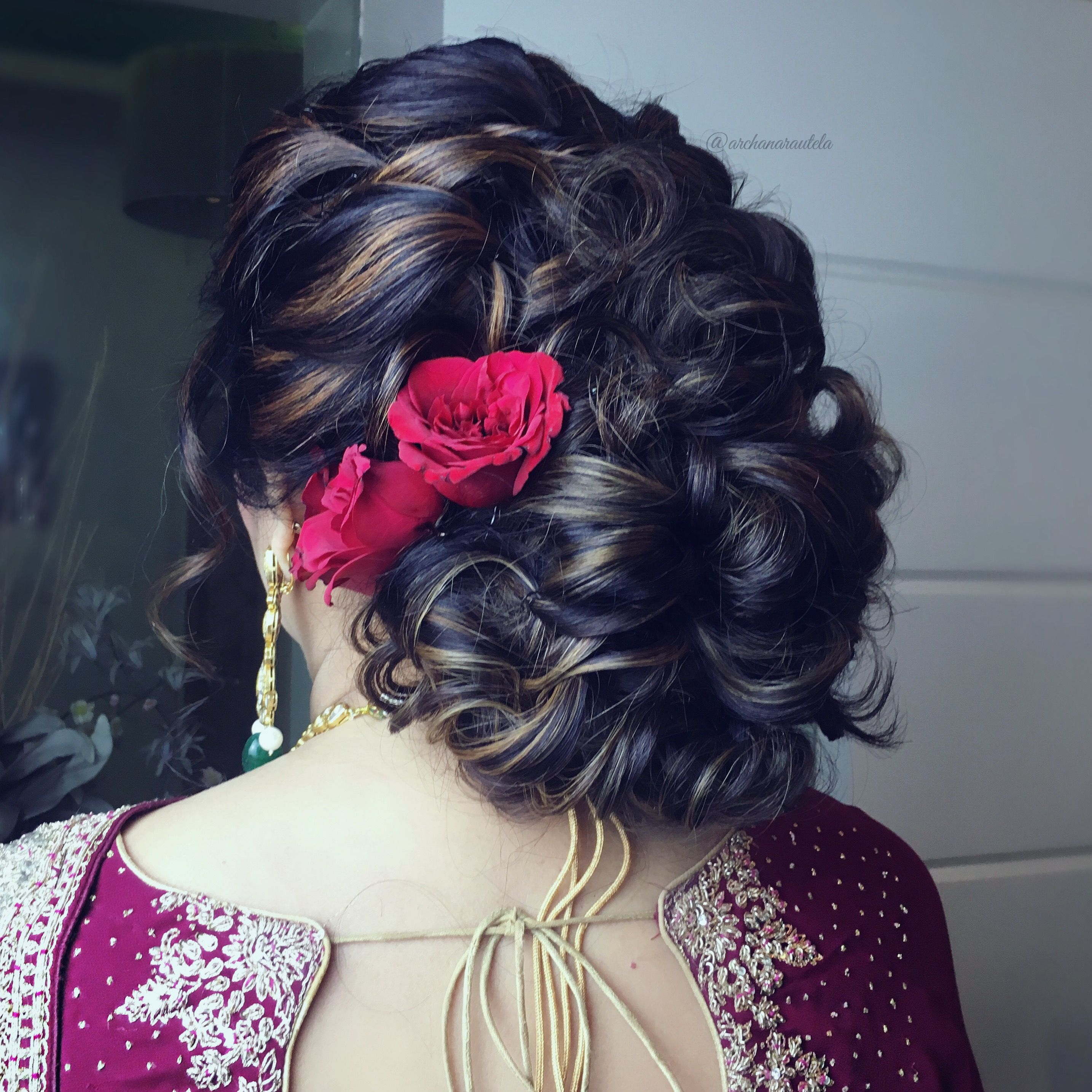 Twist And Turns Lower Bun Voluminous All U Need Is Roses Olahhhh U Sorted Hair Styles Bridal Hair Buns Bun Hairstyles
