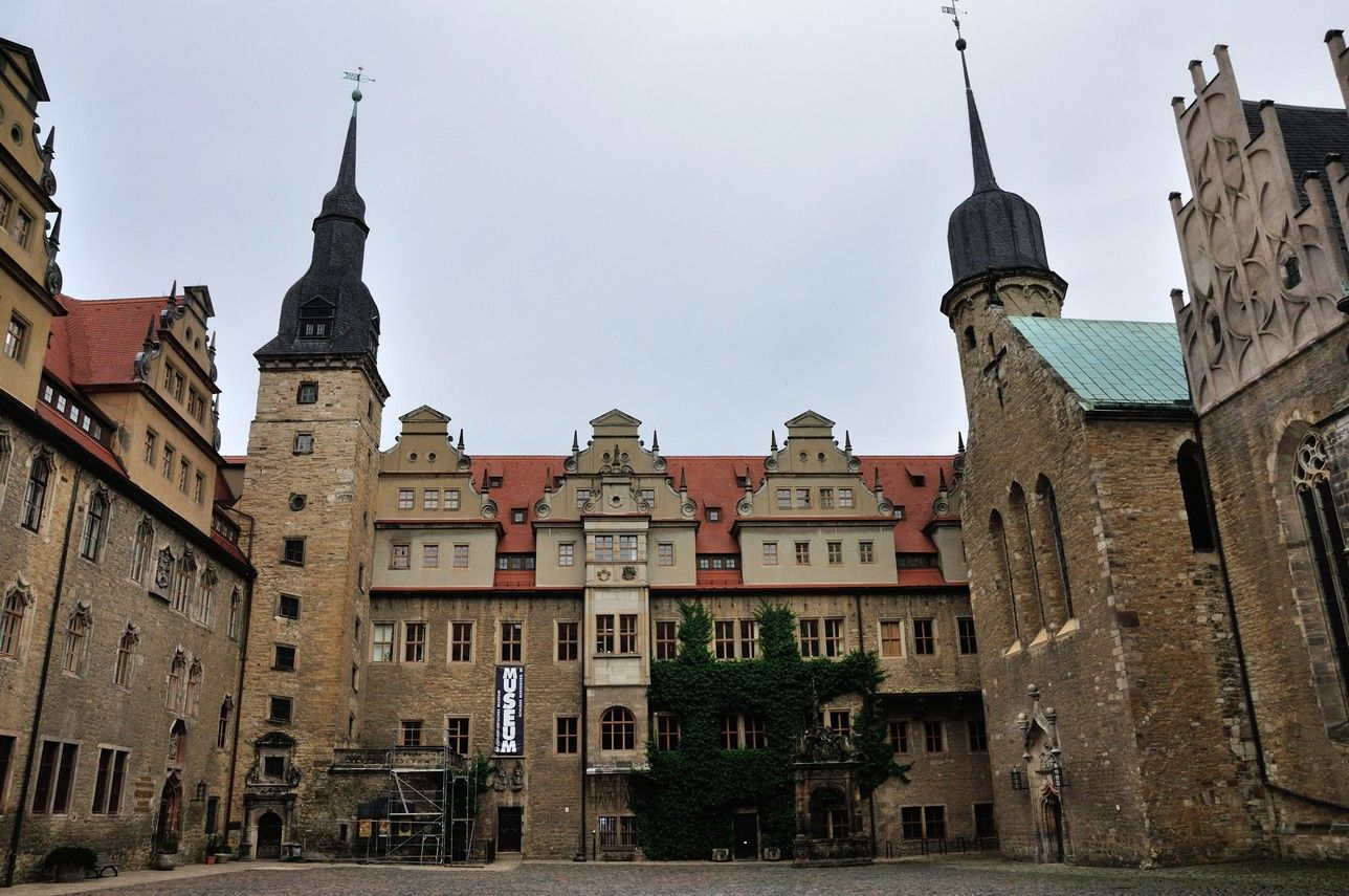 Thilo Von Trotha 008 Schloss Merseburg Wikipedia Architektur Der Renaissance Schloss Schlosser Deutschland